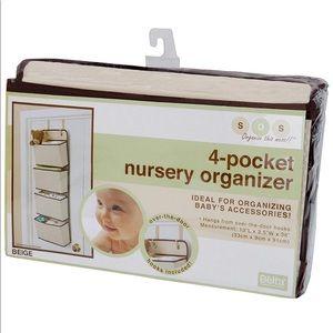 NWT 4 tier pocket nursery organizer
